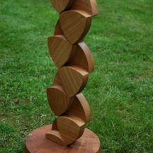 Tesselating Reuleaux triangles, Free standing Oak